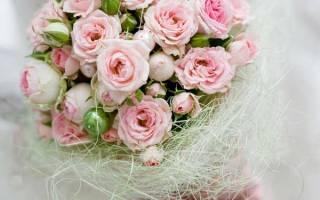 Свадебный букет розы и пионы